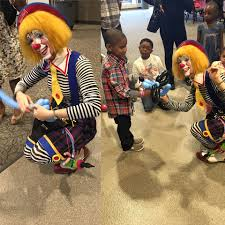 clowns balloons clowns balloons minneapolis a touch of magic entertainment