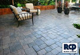 Patio Interlocking Pavers Collection In Interlocking Patio Pavers House Decorating Pictures