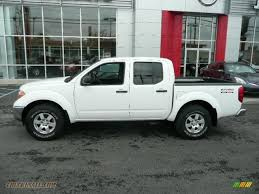 white nissan frontier 2005 nissan frontier nismo crew cab 4x4 in avalanche white photo