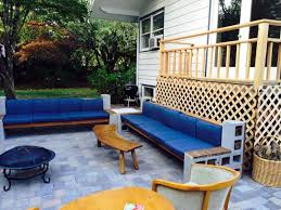 cinder block furniture backyard how to use cement blocks in