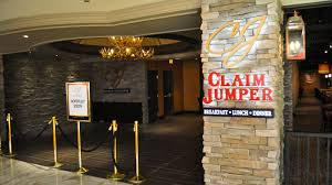 first look at claim jumper u0026 cadillac bar at golden nugget eater