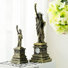 large american retro statue of liberty model american tourist