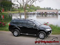 mitsubishi outlander off road automotive craze 2012 mitsubishi pajero off road test