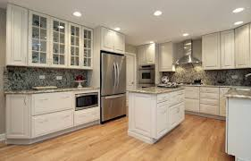 kitchen backsplash photos white cabinets kitchen backsplash ideas for white cabinets black countertops