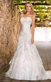 Outdoor Wedding Dresses Outdoor Wedding Ideas In The Garden Best Wedding Ideas Quotes