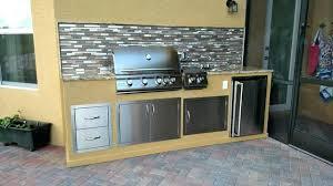 outdoor kitchen backsplash outdoor kitchen backsplash built in outdoor kitchen with mosaic