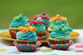 sour octopus cupcakes for kids teaspoon of goodness