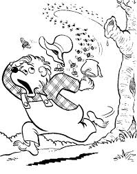 honey bear try to escape from mad bees coloring pages coloring sky