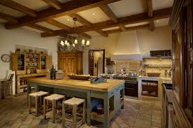 a great open kitchen to cook for hours in az italian villa