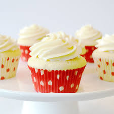 vanilla cupcakes with buttercream frosting recipe land o u0027lakes