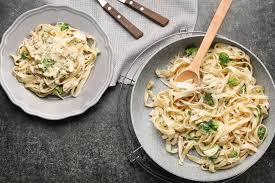 438 best kid friendly dinners images on pinterest chicken creamy chicken and broccoli pasta slender kitchen