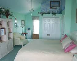 White Bedding Decorating Ideas Celebrate The Season Is With A Beach Themed Home Makeover Beach