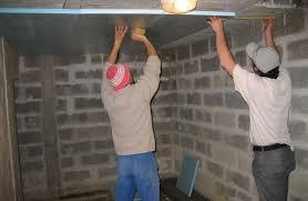 cave a vin sous sol comment aménager une cave dans votre garage vivre ma maison
