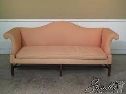 Camel Back Settee 14024 Kittinger Colonial Williamsburg Camelback Sofa For Sale