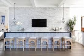 pied bar cuisine plan travail cuisine avec jambage quels sont ses avantages
