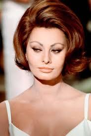 italian domme in hair curlers a countess from hong kong bella sophia pinterest sophia loren