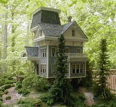 an entry from emilialua doll houses miniatures and dollhouses