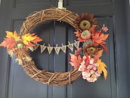 two it yourself fall home tour 10 diy fall decorating ideas for fall home tour 10 diy fall decorating ideas for busy moms