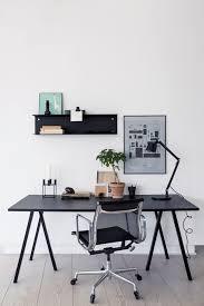 Home Office Table Best 20 Modern Desk Ideas On Pinterest Modern Office Desk