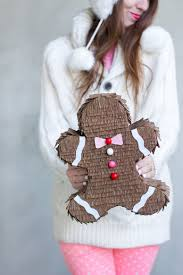 9 diy gingerbread inspired crafts for winter holidays shelterness