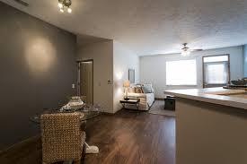 Home Design Center Lincoln Ne Lakeside Village Apartment Homes In Lincoln Nebraska 68528 Iret