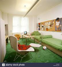 bright green carpet in teenage boy u0027s nineties bedroom with green