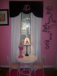 Paris Inspired Bedroom by Best 25 Pink Paris Bedroom Ideas On Pinterest Paris Themed