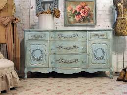essential guide to creating the shabby chic look