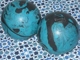 decorating wonderful and decorative orbs for home especially for