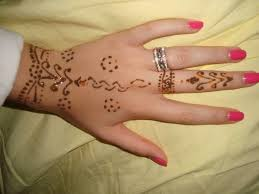 bucketlist get a henna tattoo official bucket list