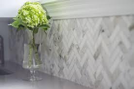 Marble Herringbone Backsplash Design Ideas - Herringbone tile backsplash