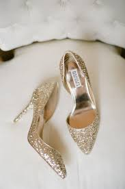 wedding shoes gold new trends in wedding shoes it girl weddings