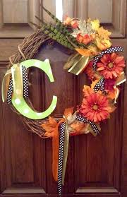 45 cheerful thanksgiving wreaths to greet your guests with
