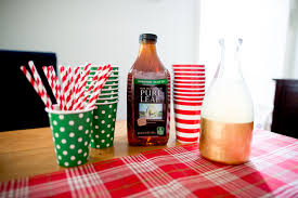 how to throw easy holiday cocktail parties kelly in the city