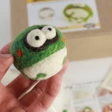 112 best felt frogs images on needle felting frogs