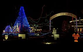 the 30 best neighborhoods for christmas lights in houston your