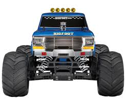 bigfoot monster truck pictures traxxas bigfoot rc truck review best buy blog