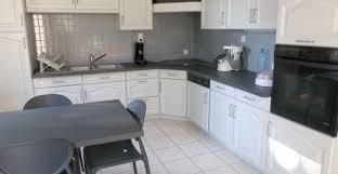 renover cuisine rustique en moderne gris de maison mural en particulier relooker cuisine rustique en