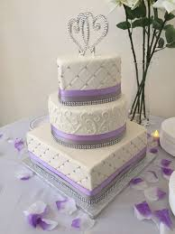 heart shaped wedding cakes best 25 lavender shaped wedding cakes ideas on