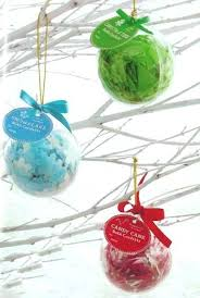 ornament favors snowflake ornaments wedding favors ornament confetti beaded