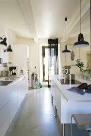 cuisine de charme ancienne couleur décoration cuisine optez pour l indémodable cuisine