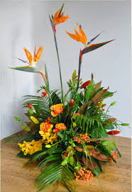 pick tropical flowers for wedding decoration wedding destination