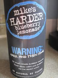 how much alcohol is in mike s hard lemonade light mike s harder blueberry lemonade beverages