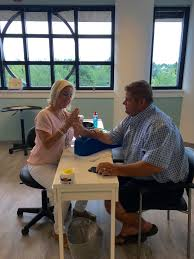 hausmann hand therapy table hand therapy table the best hand 2018