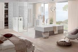 Schlafzimmer Komplett F 300 Euro Kombinierte Schlafzimmer Und Badezimmer Mit Rechteck Badewanne One