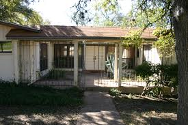 ranch style house austin we love austin