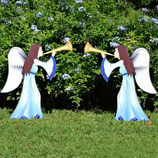 Outdoor Christmas Decor Angels by Charming Christmas Angels Outdoor Decorations