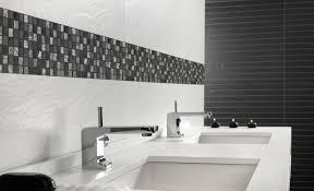 carrelage noir brillant salle de bain carrelage de sol en grès cérame uni brillant atlas keraben