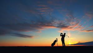 Lifestyle Golf Photo At Sunset