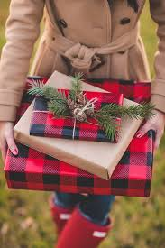 christmas plaid wrapping paper 25 gift wrapping ideas that will your mind the avvy